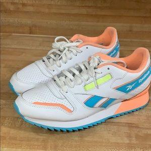 Reebok Shoes - Men's/Women's Reebok CLASSICS